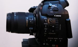 Canon C100 Close Up